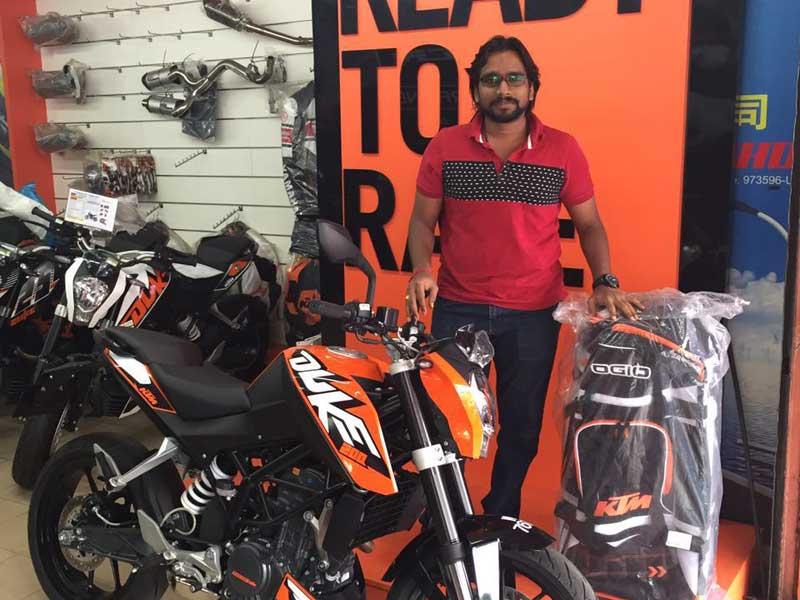 V Power Batu Caves Motorcycle Scooter Customer Sep 2016