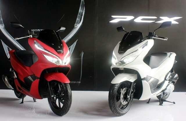 all-new-honda-pcx-150-esp-my-2018-red-and-white-aripitstop-03